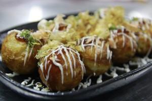 Đông lại về – thử ngay bánh bạch tuộc Takoyaki kiểu Nhật