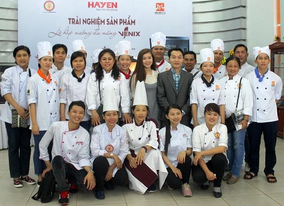 Trải nghiệm ẩm thực Malaysia tại Hướng Nghiệp Á Âu