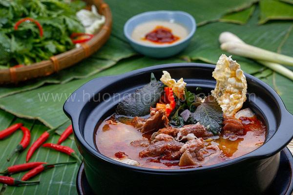 Cách nấu lẩu vịt lá tía tô ngon bổ dưỡng
