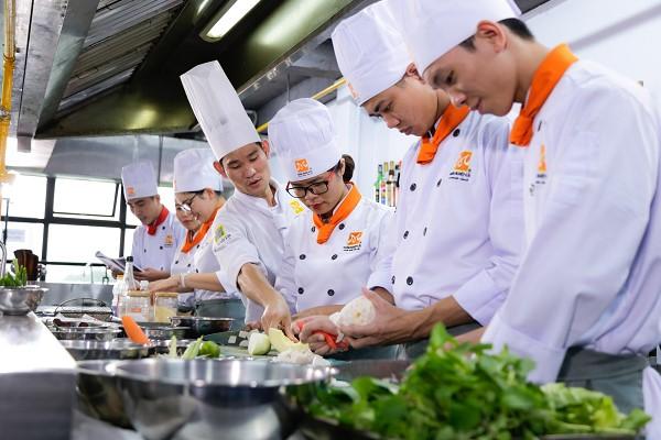 cơ hội việc làm nghề bếp