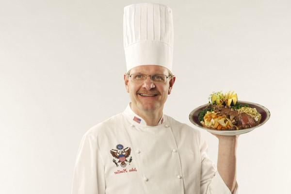Đầu bếp John Moeller