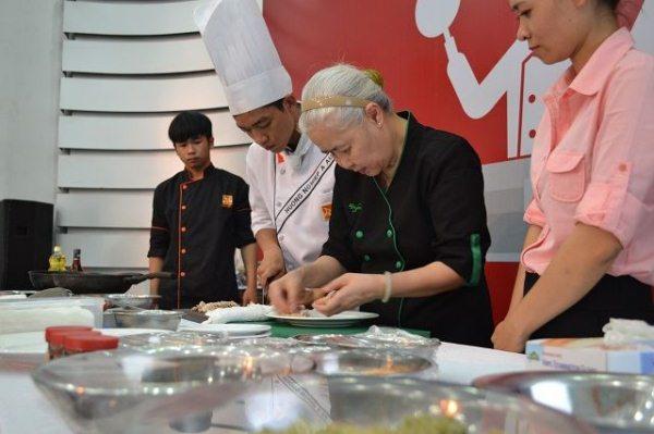 Ở đâu dạy nấu ăn cho người làm nghề bếp?