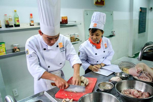 Học cách làm món bún chả Hà Nội