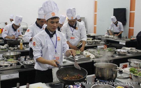 Các lớp dạy nấu ăn chuyên nghiệp nhất hiện nay