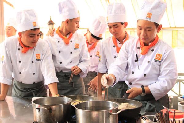 trường trung cấp nghề nấu ăn
