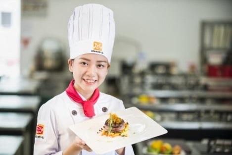 Là phụ nữ nên tham gia các lớp dạy nấu ăn