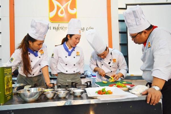 Nghề dạy nấu ăn – nghề truyền cảm hứng sáng tạo ẩm thực