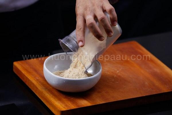 trộn muối để rang baba