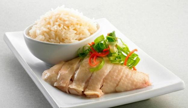 Cơm gà Hải Nam với phong cách Singapore
