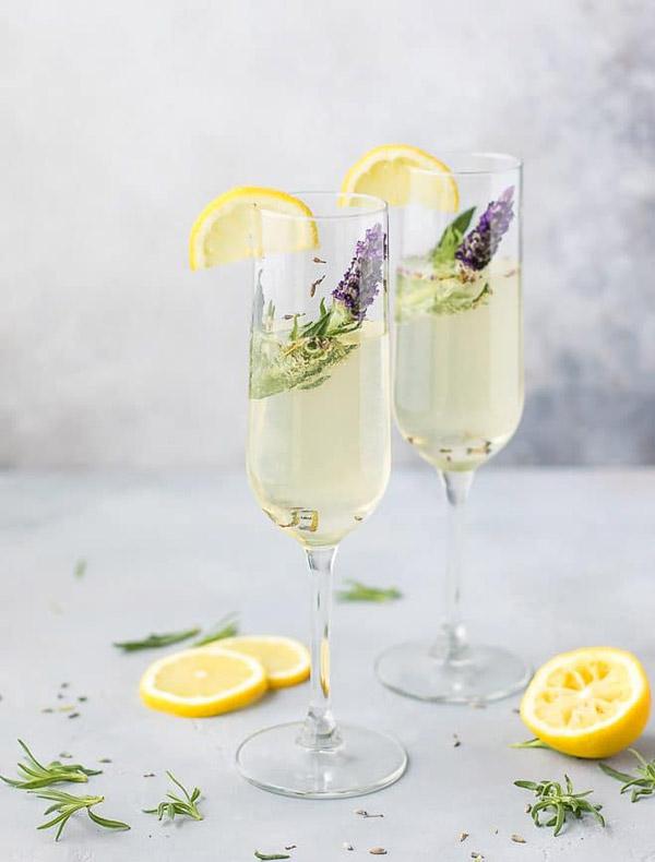 Cocktail lavender