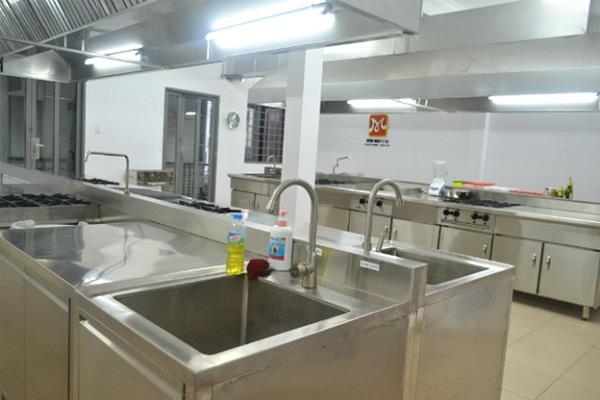 cơ sở vật chất học nấu ăn chuyên nghiệp