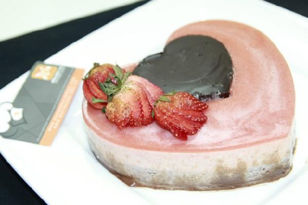 tao-hinh-chocolate-trai-tim-cho-ngay-valentine