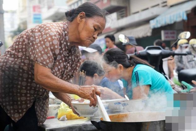 học nấu ăn mở quán nuôi gia đình