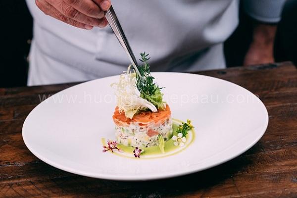Salad Bơ Cá Hồi xông khói