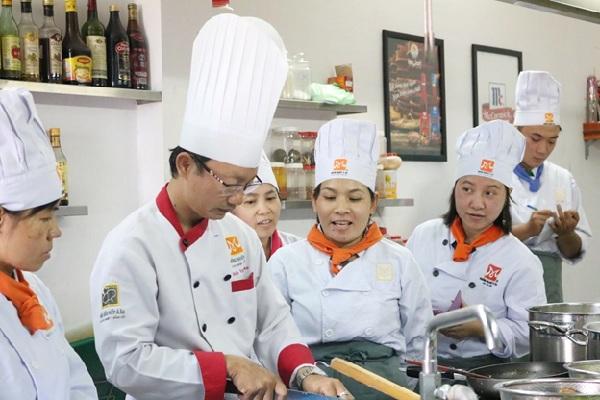 lớp học nấu ăn chay mở quán thu hút học viên