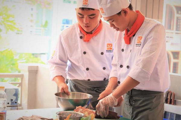 Có nhiều khóa học nấu ăn đa dạng
