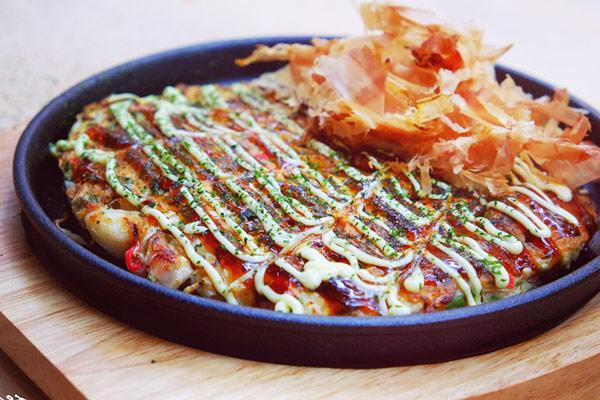 bánh xèo nhật okonomiyaki