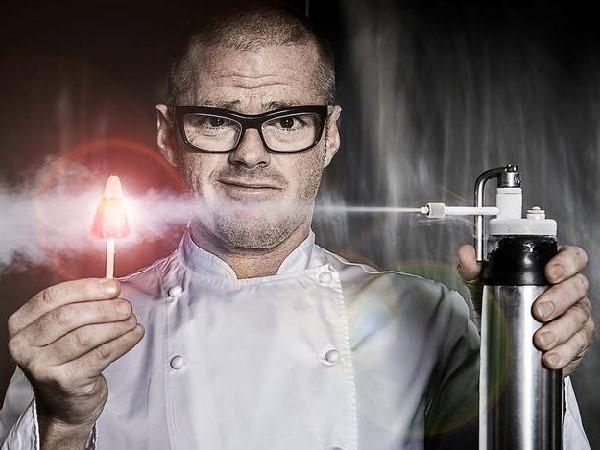 Đầu bếp ẩm thực phân tử