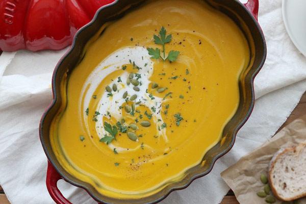 Cách làm món súp bí đỏ kem tươi