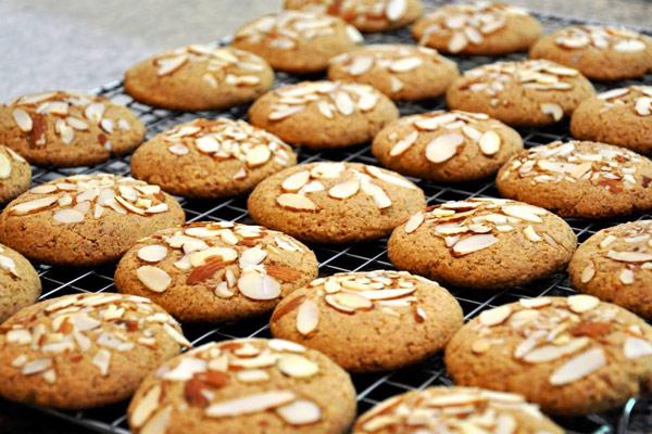 Cách làm bánh quy hạnh nhân