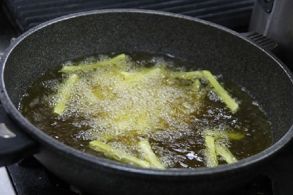 Chiên khoai tây