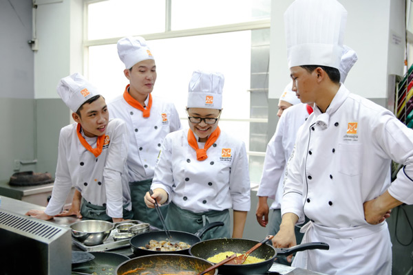 học nấu ăn để kinh doanh đồ ăn