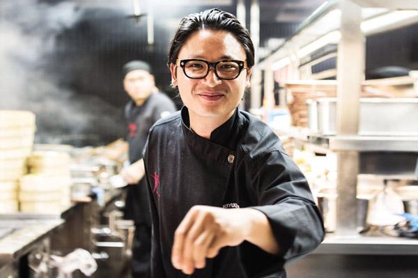 Đầu bếp Luke Nguyễn
