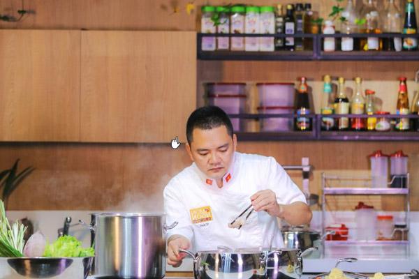 Đầu Bếp Võ Quốc – Bản Thân Phải Quân Tử Với Đam Mê