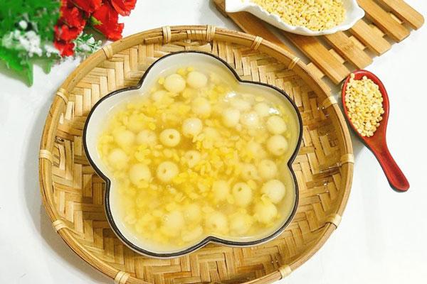 Cách làm chè hạt sen đậu xanh