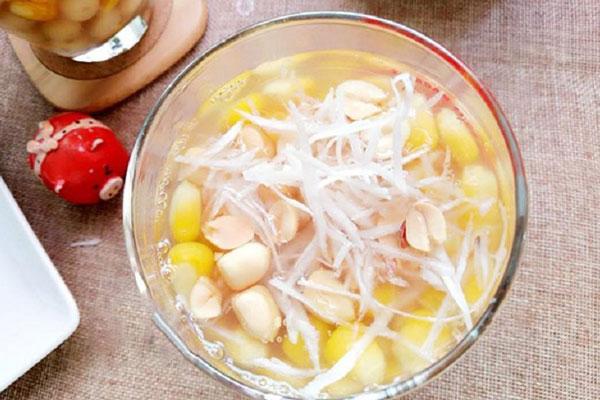 Cách làm chè hạt sen nước cốt dừa
