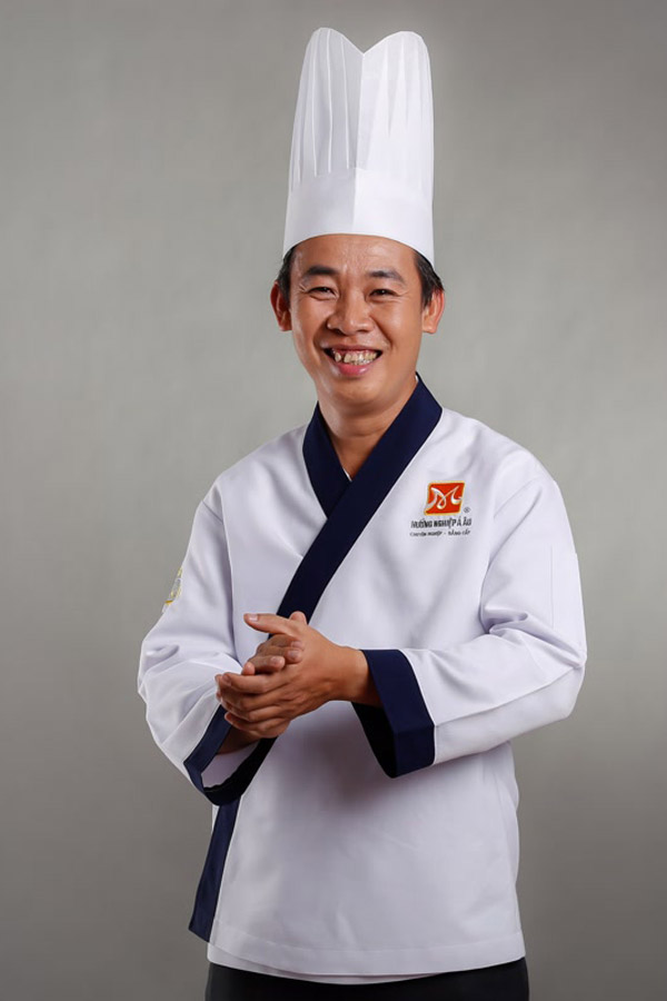 Thầy Ngô Duy Kha