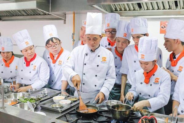 Trường dạy nấu ăn đà nẵng