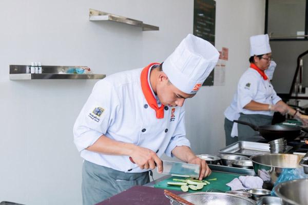 Trường dạy nghề bếp đà nẵng