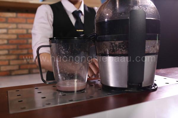 Cách ép nước nho ngon