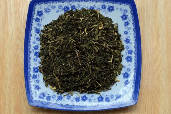 Nguyên liệu trà sâm dứa