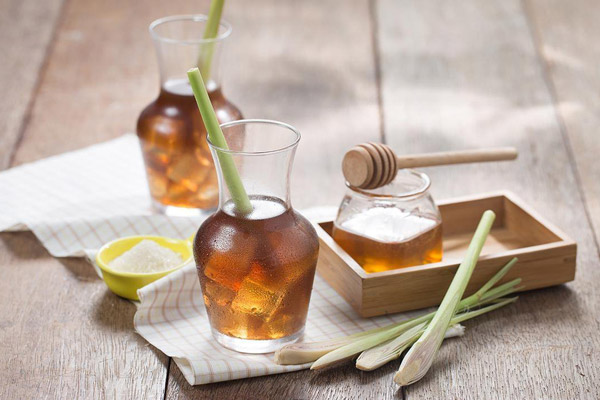 Những cốc trà chanh thơm mát