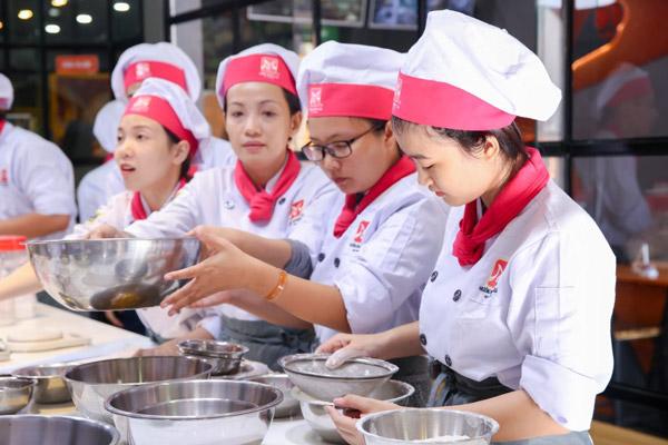 Học làm bánh Việt
