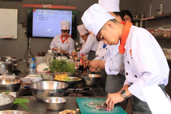 thực hành nấu cháo dinh dưỡng