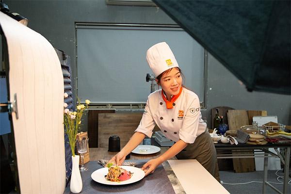 hình ảnh lớp học food stylist