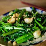 Bỏ túi cách làm rau muống xào tỏi tươi xanh, giòn ngon tại nhà
