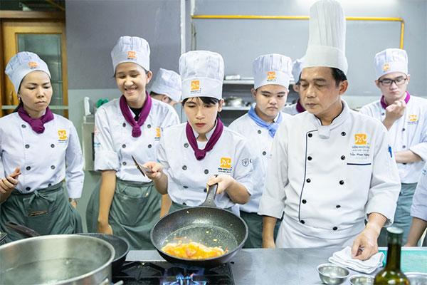 khóa học nấu món âu nâng cao